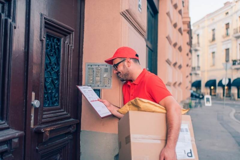 multifamily package delivery