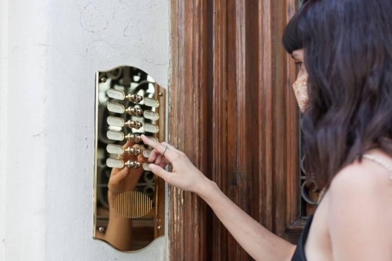 apartment buzzer