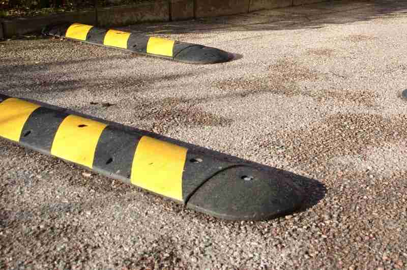 speed bumps reduce tailgating at gated communities