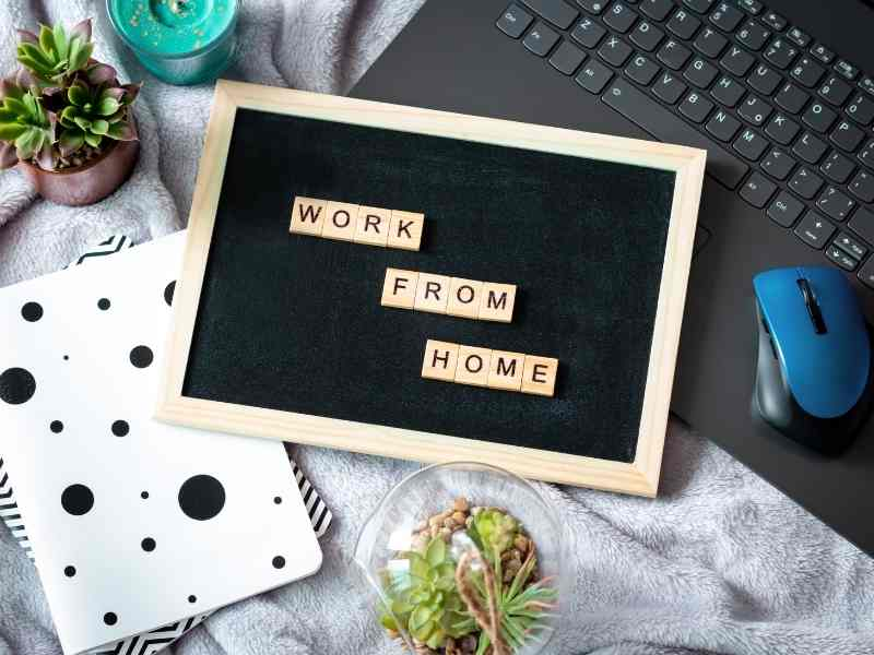 residents-working-from-home