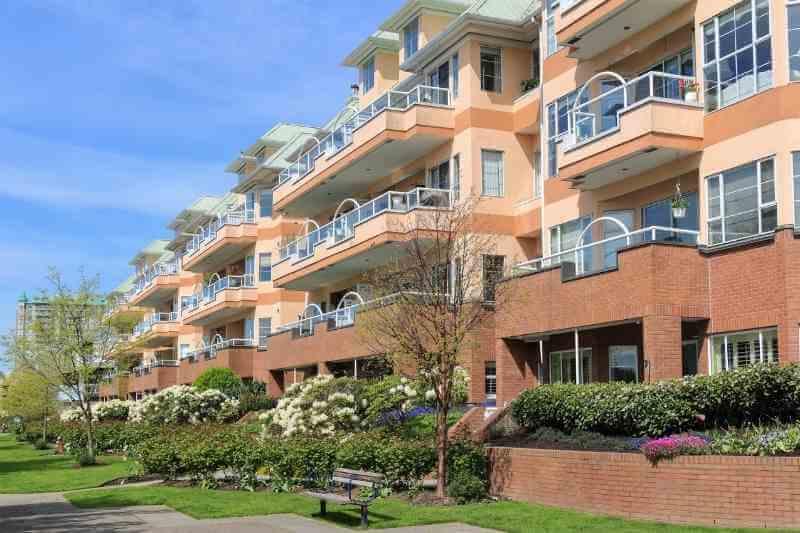 multi-tenant intercom system for apartments