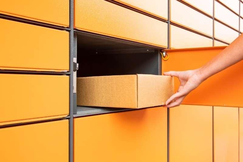 american locker package locker system
