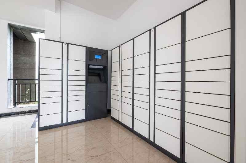 spacesaver package lockers