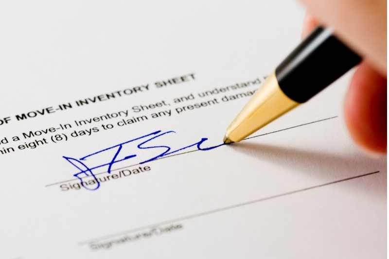 signing a lease renewal or lease extension