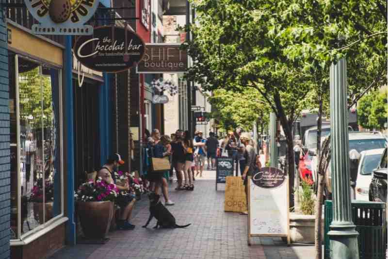 The Walkable City: Adapting Your Building for Car-Free Residents