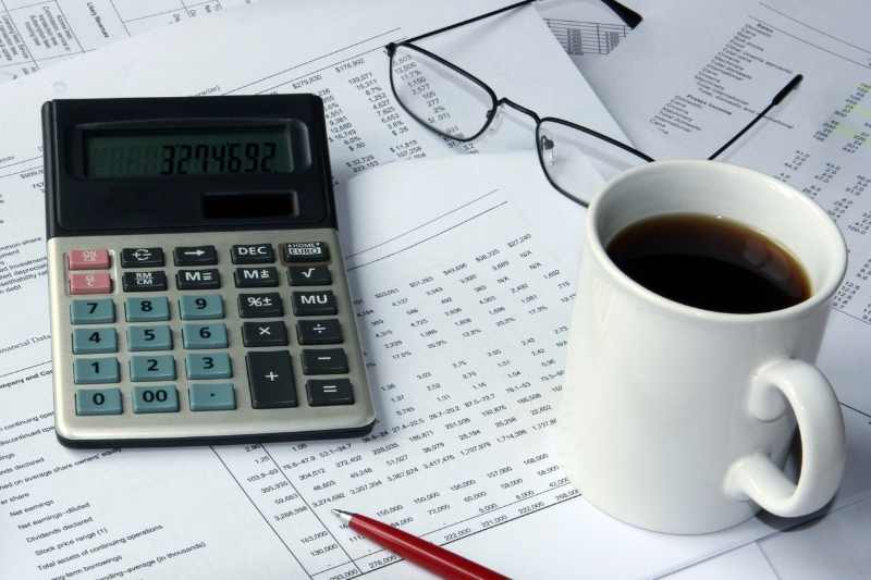 calculator and spreadsheet for property management budget