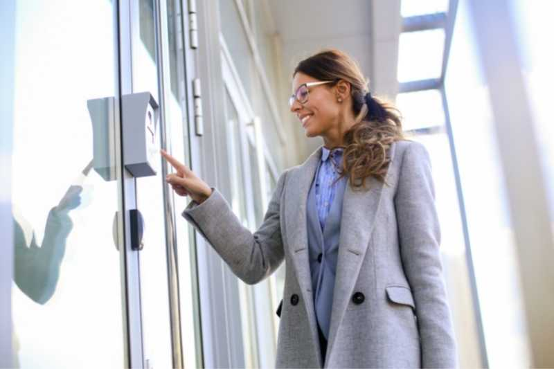 Building Access Control System: 5 Reasons Why You Need One